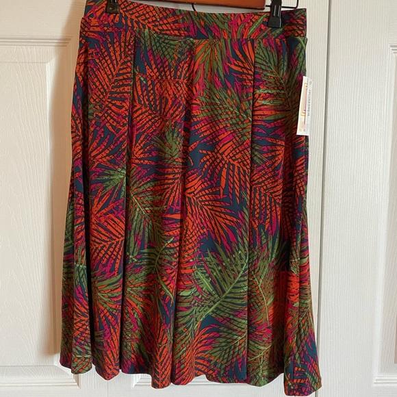 NWT - LuLa Roe Madison Skirt - S